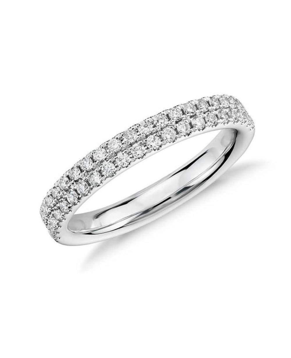 Mais Imagens. Meia Aliança em Ouro Branco 18K e Diamantes lapidação  brilhante 733075834b