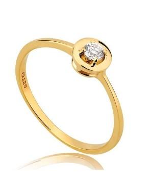 Anel Solitário em Ouro 18K com Diamante