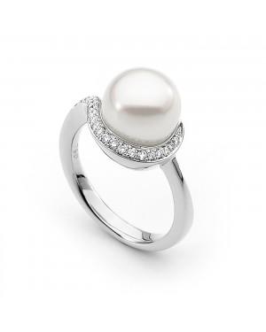 Anel Solitário em Ouro Branco 18K com Pérola e Diamantes